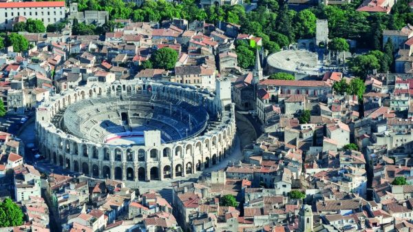 private driver arles to nice
